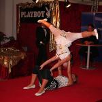 Lady-Akrobatik